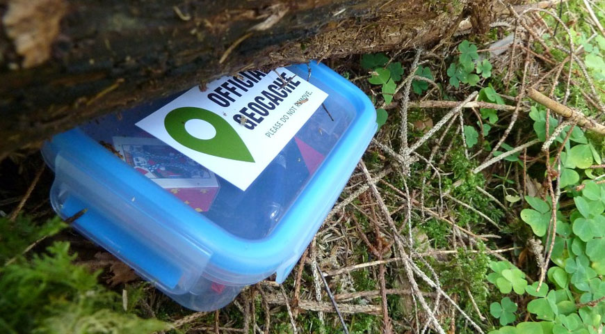 Awesome Facts about Geocaching